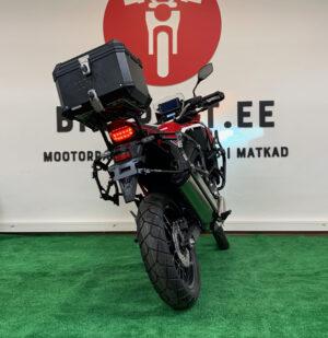 "Pilt: Honda CRF1100L ""Africa Twin"" renditsikkel Bikerent"